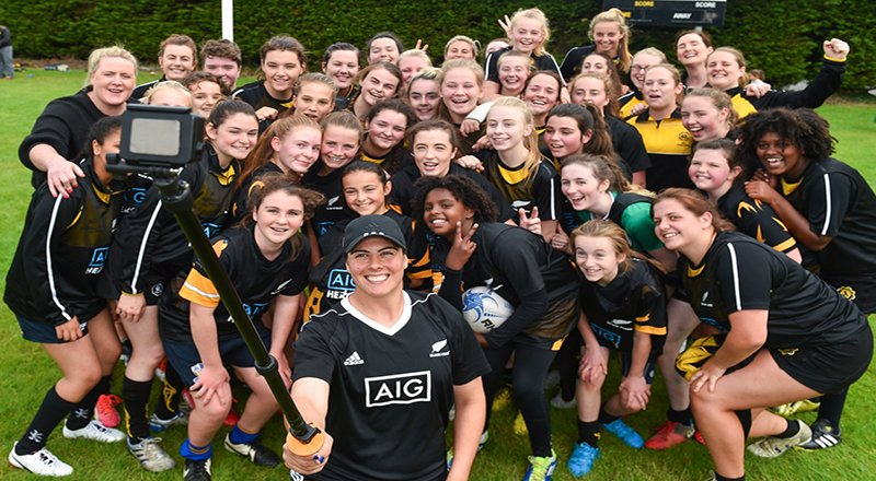 black ferns selfie