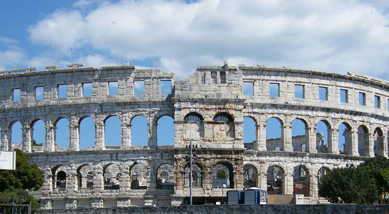 Pula is simply beautiful and a good example of a great deal