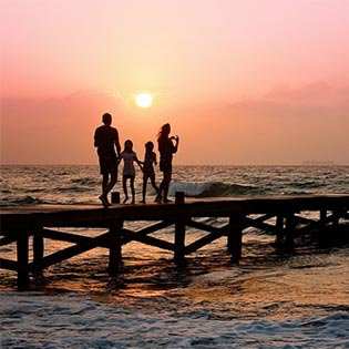 What is family holiday travel insurance?