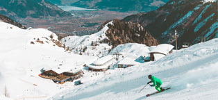 Holiday packing list: what to bring skiing | AIG Ireland